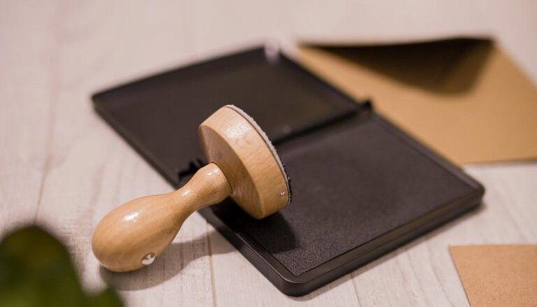 Contrato privado compraventa participaciones sociales